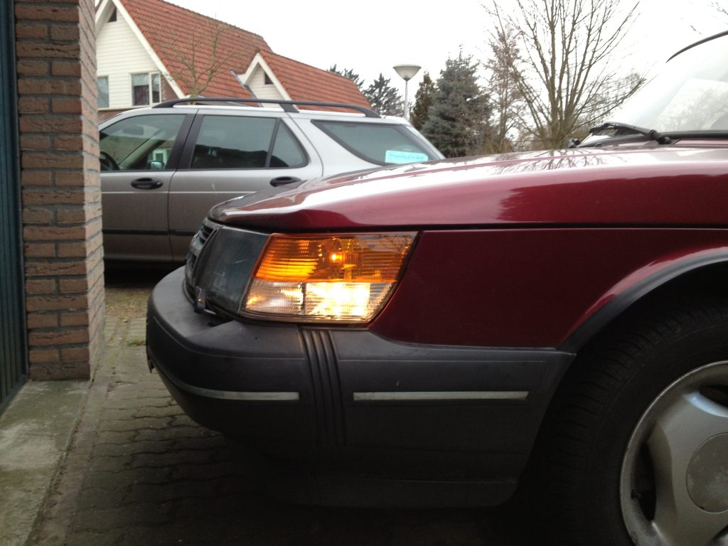 SAAB 900 backup lights
